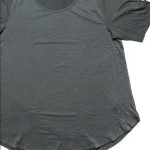 LuLaRoe NWT Gray Morgan top!